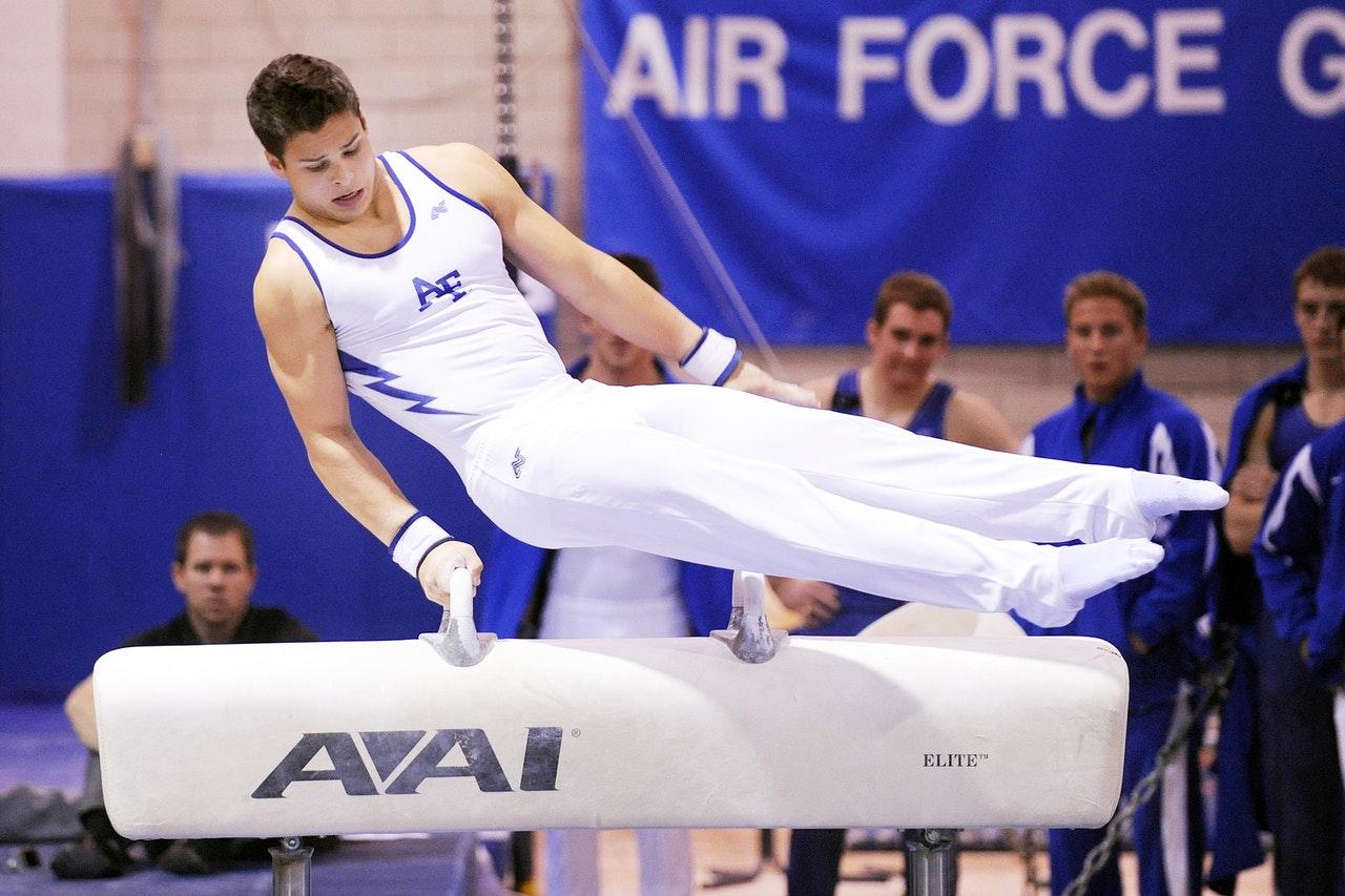 Спортивная и художественная гимнастика – что это и отличия